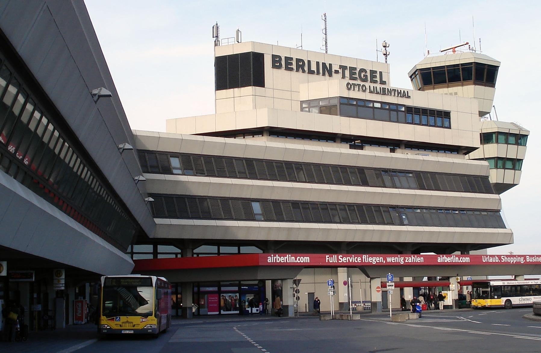 Kết quả hình ảnh cho Sân bay quốc tế Berlin Tegel,